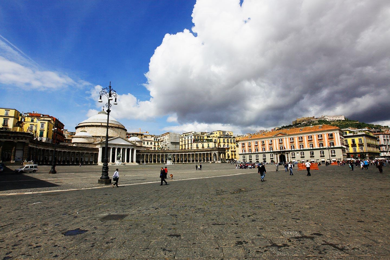 Piazza del Plebiscito - Neapel