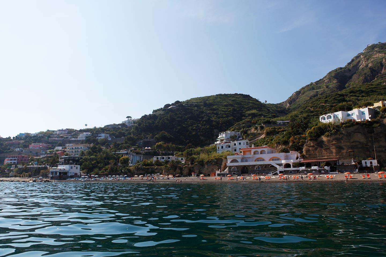 Allergenarme Luft am Marontistrand auf Ischia
