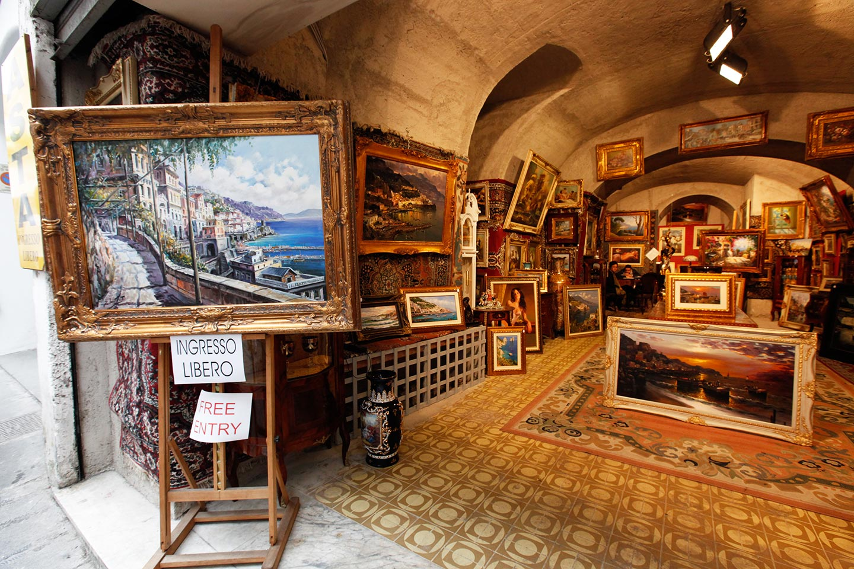 Versteigerung von Gemälden in Amalfi