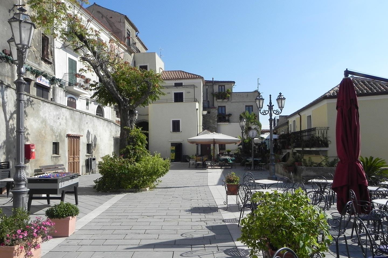 Castellabate, Drehort des Films Willkommen im Süden im Cilento