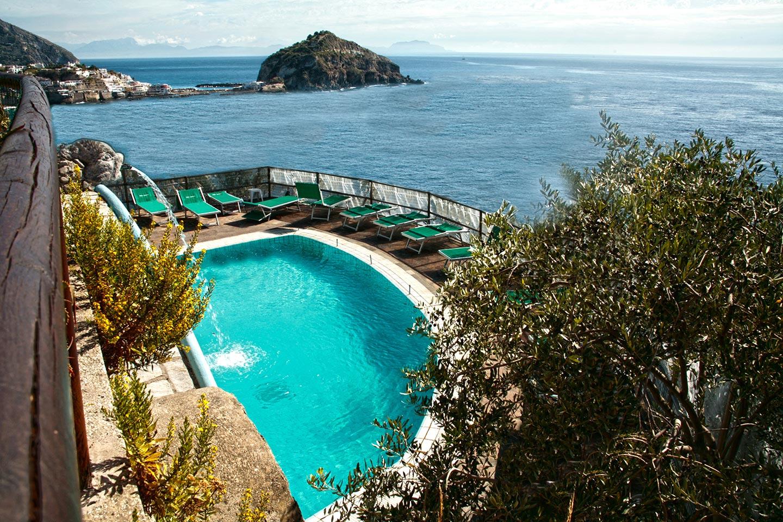 Kuren im Hotel Punta Chiarito auf Ischia