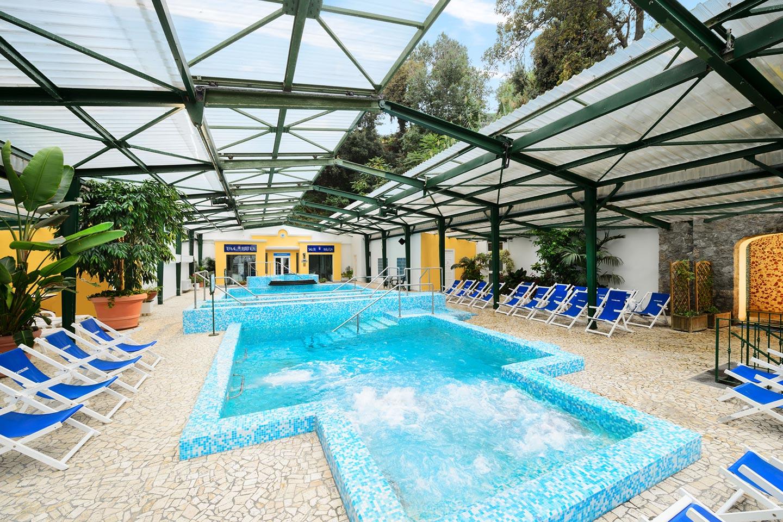 Kuren im Hotel Oasi Castiglione auf Ischia