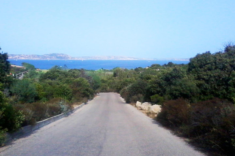 Straße an der Smaragdküste