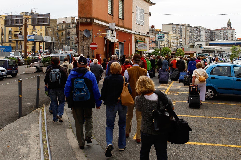 Gruppe nach Neapel