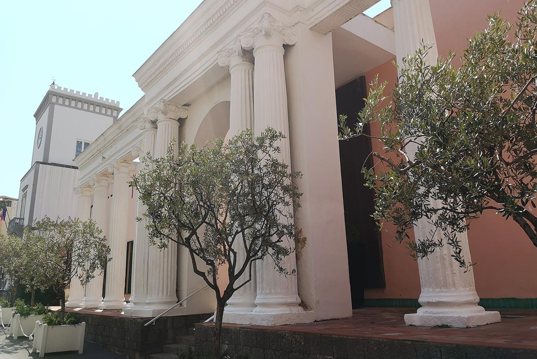 Königin-Isabella-Thermen auf Ischia