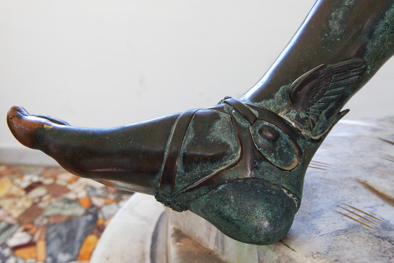 Detail einer Bronzeskulptur in der Villa San Michele auf Capri